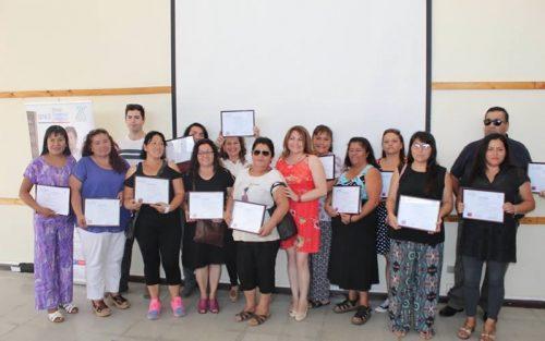 99 emprendedores de Colina se capacitaron a través del Programa Bono Empresa y Negocios