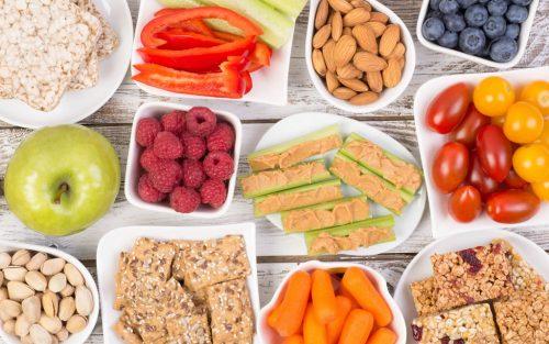 Colaciones Saludables: Qué alimentos consumir y cuáles evitar en el regreso a clases