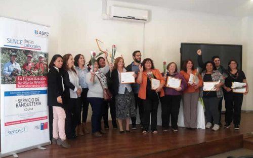 EMPRENDEDORES DE COLINA RECIBIERON CAPACITACIÓN EN BANQUETERÍA Y SUBSIDIO PARA LA COMPRA DE HERRAMIENTAS