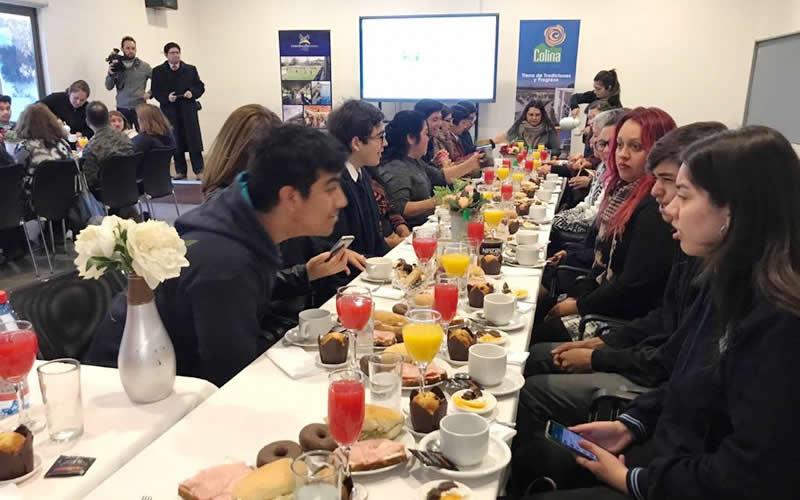 desayuno-alcalde-alumnos-new-york-2019
