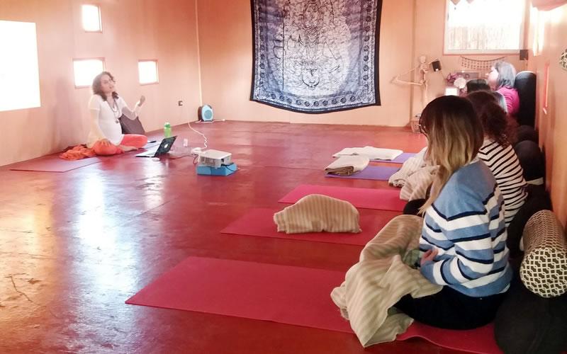 yoga-aulas-colina-2019