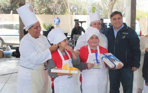 Escuela San Vicente de Lo Arcaya e Instituto Chacabuco ganaron el Gran Mini Chef Colina