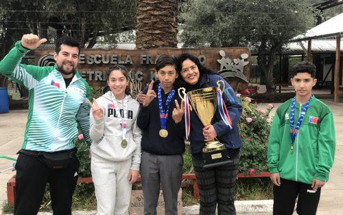 Estudiante de Colegio Francisco Petrinovic ganó primer lugar nacional en salto largo